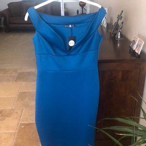 Bodycon off the shoulder midi dress